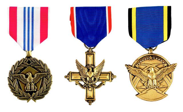 Хероите и медалите